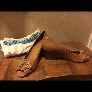 Tory Burch Wedges Size 9